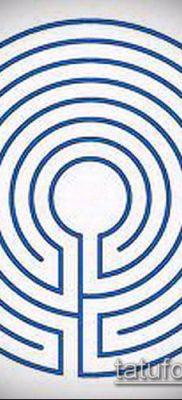 тату лабиринт №772 – крутой вариант рисунка, который успешно можно использовать для доработки и нанесения как Tattoo labyrinth