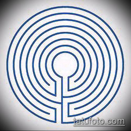 тату лабиринт №772 - крутой вариант рисунка, который успешно можно использовать для доработки и нанесения как Tattoo labyrinth