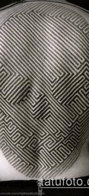 тату лабиринт №128 – классный вариант рисунка, который удачно можно использовать для переработки и нанесения как тату лабиринт минотавра