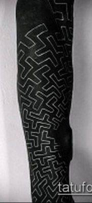 тату лабиринт №522 – эксклюзивный вариант рисунка, который успешно можно использовать для переделки и нанесения как тату лабиринт фавна