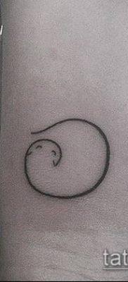 фото тату минимализм (tattoo) (значение) – пример рисунка – 007 tatufoto.com