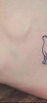 тату минимализм №812 – эксклюзивный вариант рисунка, который удачно можно использовать для переработки и нанесения как тату минимализм акварель