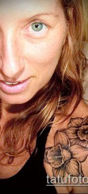 фото тату нарцисс (Narcissus Tattoo) (значение) – пример рисунка – 018 tatufoto.com