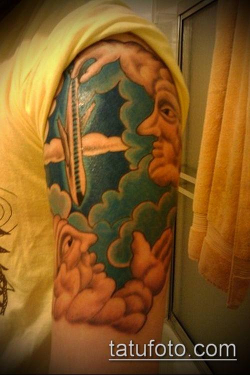 тату облака №698 - интересный вариант рисунка, который легко можно использовать для переработки и нанесения как тату облака и солнце