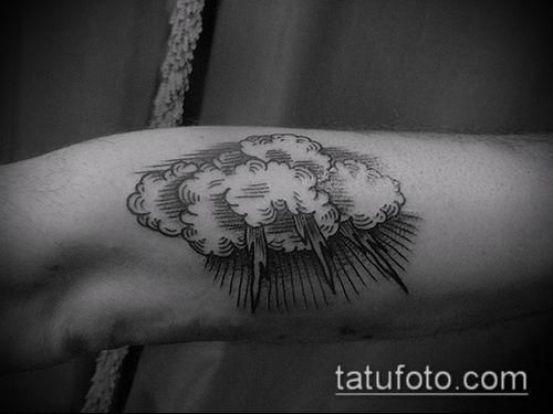 тату облака №22 - эксклюзивный вариант рисунка, который удачно можно использовать для переработки и нанесения как тату облака на руке