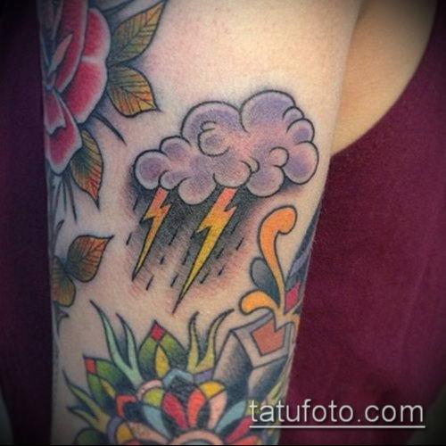 тату облака №434 - эксклюзивный вариант рисунка, который удачно можно использовать для преобразования и нанесения как тату облака на руке