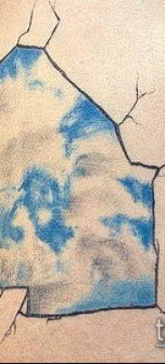 тату облака №134 – уникальный вариант рисунка, который легко можно использовать для преобразования и нанесения как тату облака фон