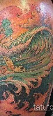 тату океан №196 – прикольный вариант рисунка, который хорошо можно использовать для преобразования и нанесения как тату океан в круге