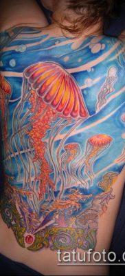 тату океан №123 – классный вариант рисунка, который успешно можно использовать для доработки и нанесения как тату океан и кит