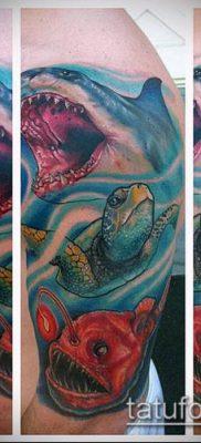 тату океан №250 – интересный вариант рисунка, который успешно можно использовать для переработки и нанесения как тату море в круге
