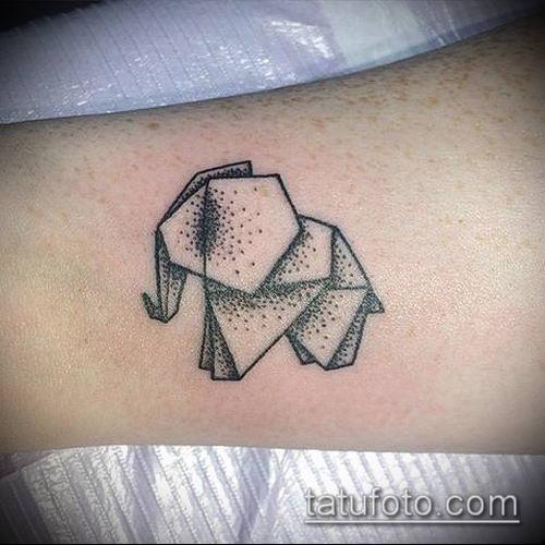 тату оригами №605 - крутой вариант рисунка, который хорошо можно использовать для доработки и нанесения как тату оригами журавлик