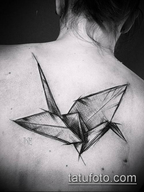 тату оригами №724 - интересный вариант рисунка, который легко можно использовать для переделки и нанесения как тату оригами на запястье