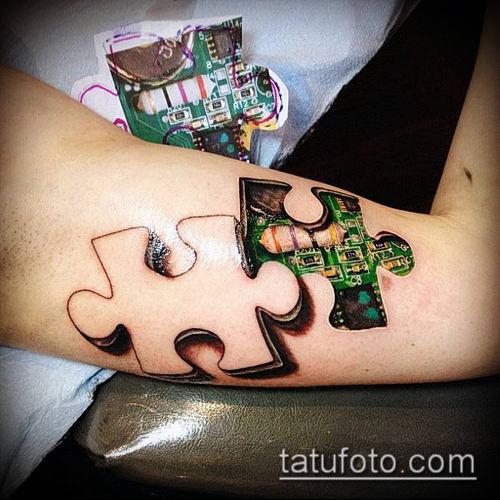 тату пазл №984 - крутой вариант рисунка, который хорошо можно использовать для переработки и нанесения как тату пазлы на шее