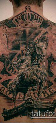 тату рыцарь №212 – достойный вариант рисунка, который удачно можно использовать для доработки и нанесения как тату рыцарь без головы
