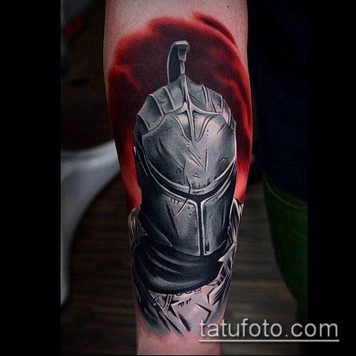 тату рыцарь №15 - крутой вариант рисунка, который хорошо можно использовать для переработки и нанесения как тату рыцарь в доспехах