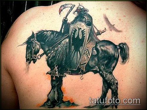 тату рыцарь №423 - классный вариант рисунка, который хорошо можно использовать для переработки и нанесения как тату рыцарь вампир