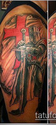 тату рыцарь №597 – прикольный вариант рисунка, который удачно можно использовать для переработки и нанесения как тату рыцарь на руке