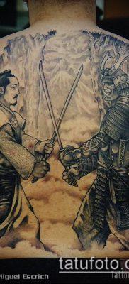 тату рыцарь №163 – интересный вариант рисунка, который успешно можно использовать для переработки и нанесения как тату рыцарь смерти