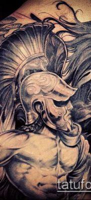 тату рыцарь №688 – уникальный вариант рисунка, который легко можно использовать для переработки и нанесения как тату рыцарь голова