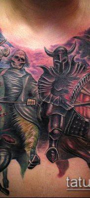 тату рыцарь №643 – прикольный вариант рисунка, который легко можно использовать для переделки и нанесения как тату рыцаря тамплиера