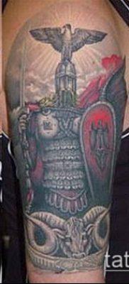 тату рыцарь №990 – классный вариант рисунка, который хорошо можно использовать для переработки и нанесения как тату рыцаря тамплиера