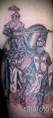 тату рыцарь №738 – крутой вариант рисунка, который легко можно использовать для переделки и нанесения как тату рыцари викинги