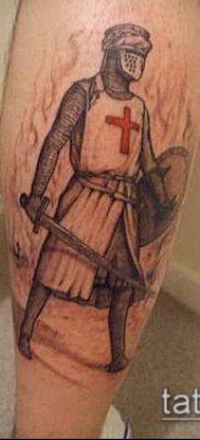 тату рыцарь №311 – уникальный вариант рисунка, который удачно можно использовать для переделки и нанесения как тату рыцарь и замок