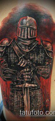 тату рыцарь №503 – прикольный вариант рисунка, который успешно можно использовать для доработки и нанесения как Tattoo knight