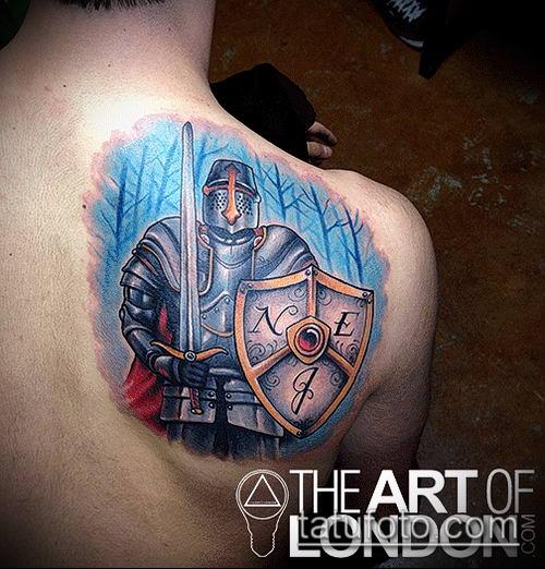 тату рыцарь №78 - эксклюзивный вариант рисунка, который хорошо можно использовать для переработки и нанесения как тату рыцарь на предплечье