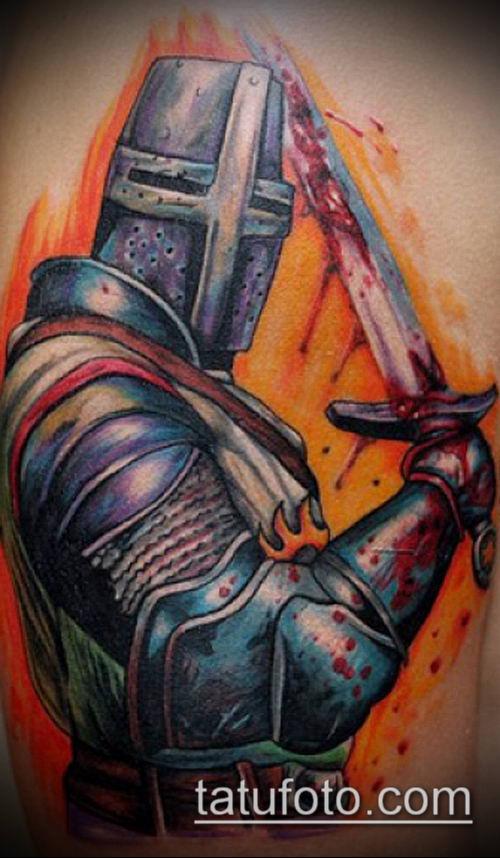 тату рыцарь №900 - интересный вариант рисунка, который хорошо можно использовать для доработки и нанесения как тату рыцарь самурай