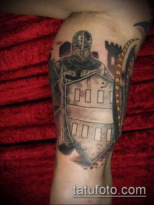 тату рыцарь №144 - крутой вариант рисунка, который удачно можно использовать для доработки и нанесения как тату рыцарь крестоносец