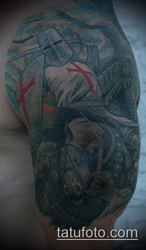 тату рыцарь №550 - интересный вариант рисунка, который хорошо можно использовать для переделки и нанесения как тату рыцаря тамплиера