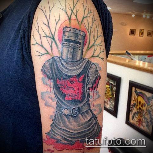 тату рыцарь №259 - крутой вариант рисунка, который удачно можно использовать для переделки и нанесения как тату рыцарь с мечом