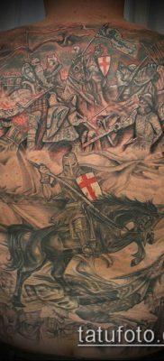 тату рыцарь №799 – классный вариант рисунка, который хорошо можно использовать для преобразования и нанесения как тату рыцарь голова