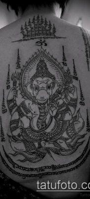 тату сак янт №950 – прикольный вариант рисунка, который хорошо можно использовать для переработки и нанесения как тату сак янт как у джоли