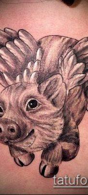 тату свинья №410 – уникальный вариант рисунка, который удачно можно использовать для доработки и нанесения как Pig tattoo