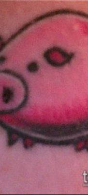 тату свинья №442 – эксклюзивный вариант рисунка, который хорошо можно использовать для преобразования и нанесения как тату свинья