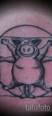 тату свинья №8 – эксклюзивный вариант рисунка, который легко можно использовать для преобразования и нанесения как тату кабан и бык