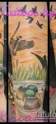 тату стая птиц №711 – прикольный вариант рисунка, который легко можно использовать для переработки и нанесения как тату стая птиц на ключице