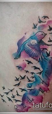 тату стая птиц №668 – достойный вариант рисунка, который хорошо можно использовать для доработки и нанесения как тату стая птиц в небе
