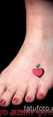 фото тату яблоко (apple tattoo) (значение) – пример рисунка – 049 tatufoto.com
