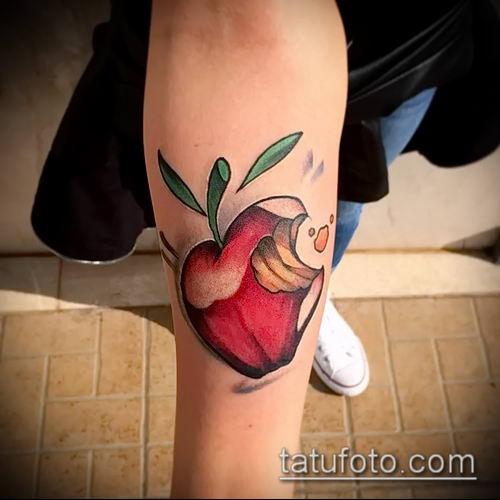фото тату яблоко (apple tattoo) (значение) - пример рисунка - 051 tatufoto.com