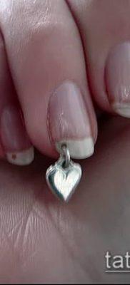Фото Пирсинг ногтей (Nail Piercing) (значение) – пример рисунка – 020 tatufoto.com