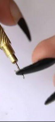 Фото Пирсинг ногтей (Nail Piercing) (значение) – пример рисунка – 039 tatufoto.com