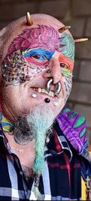 Фото Человек-попугай (Tattoo man-parrot) (значение) – пример рисунка – 024 tatufoto.com