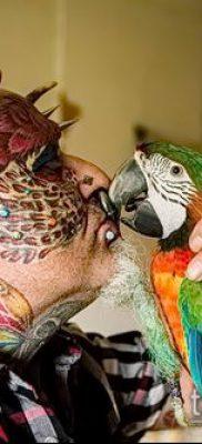 Фото Человек-попугай (Tattoo man-parrot) (значение) – пример рисунка – 025 tatufoto.com
