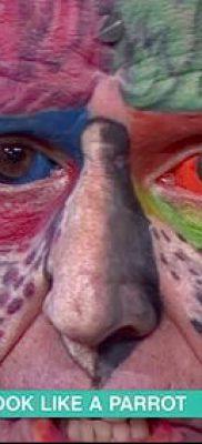 Фото Человек-попугай (Tattoo man-parrot) (значение) – пример рисунка – 030 tatufoto.com