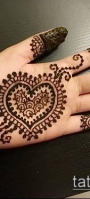 Фото Чем рисуют мехенди (Tattoo) (значение) – пример рисунка – 015 tatufoto.com