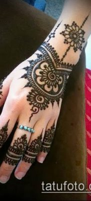 Фото Чем рисуют мехенди (Tattoo) (значение) – пример рисунка – 030 tatufoto.com
