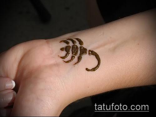 Фото скорпион хной (Tattoo Scorpion henn) (значение) - пример рисунка - 010 tatufoto.com